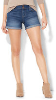 "New York & Co. Soho Jeans - 4"" Curve-Creator Short - Force Blue Wash"
