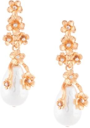 Oscar de la Renta Pearl Flower drop earrings