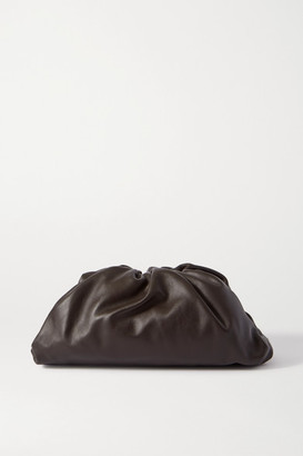 Bottega Veneta The Pouch Large Gathered Leather Clutch - Dark brown