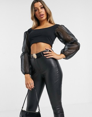 I SAW IT FIRST organza puff sleeve square neck crop top