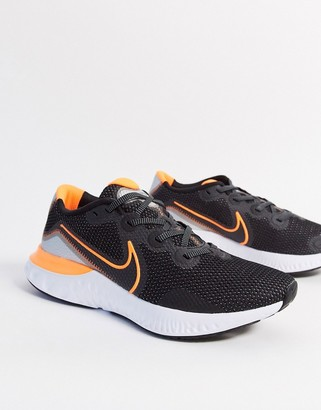 Nike Running renew trainers in black