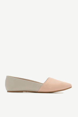 Ardene Colorblock Faux Leather Pointy Flats