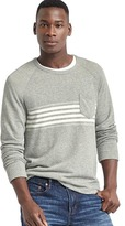 Chest-stripe long sleeve pocket tee