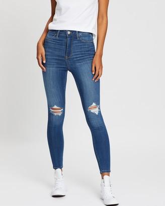 Hollister Destroy Short Skinny Jeans
