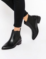 London Rebel Point Chelsea Boots