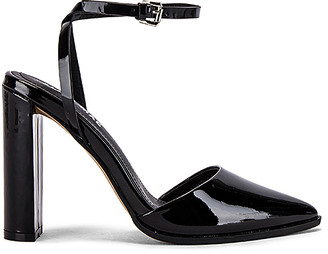 Mae Layton Heel