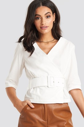 NA-KD Belted Short Sleeve Blouse