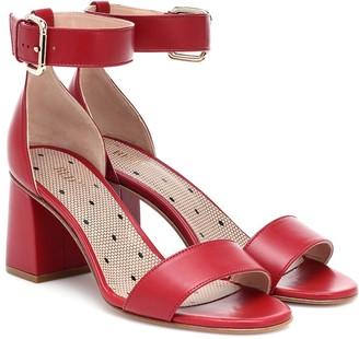 Red(V) RED (V) leather sandals