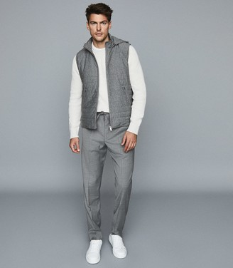 Reiss Boxley - Detachable Hooded Quilted Gilet in Charcoal