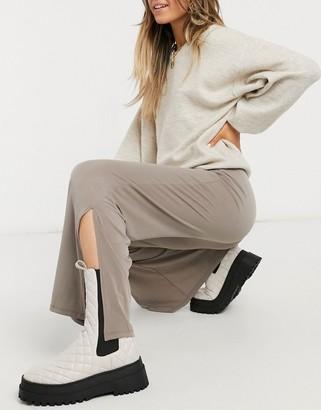 New Look split hem wide leg trousers in tan