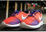 Nike Roshe One Print (GS) Running Shoe-Light Crimson/Racer Blue-6