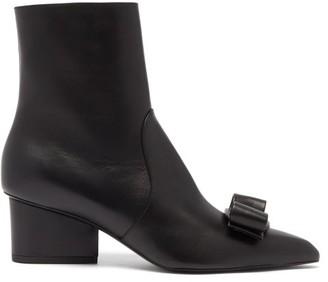 Salvatore Ferragamo Vince Leather Ankle Boots - Black