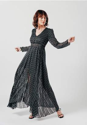 Oeuvre Long sleeve maxi dress with V Neck in black ditsy print