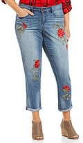 Code Bleu Plus Rose Embroidery Boyfriend Jeans