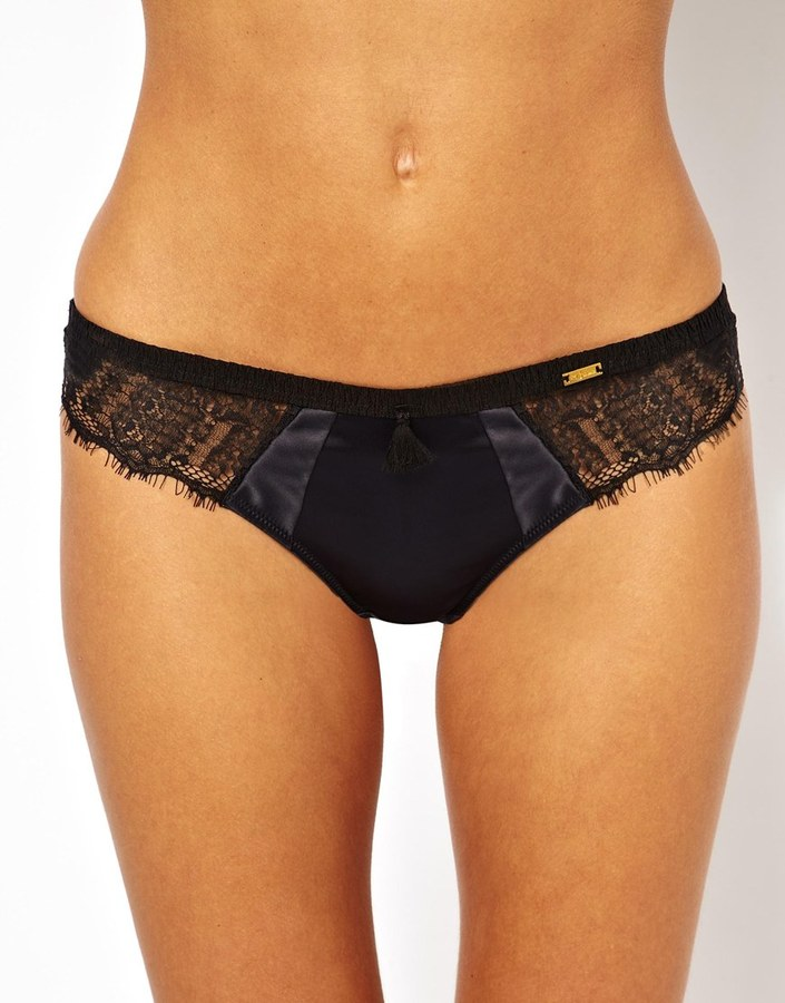 Ultimo Delores Thong