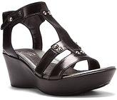 Naot Footwear Women's Flirt