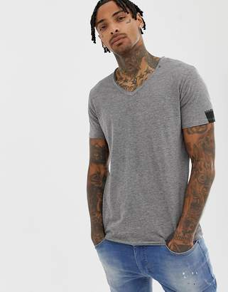 Replay raw hem v neck t-shirt in grey