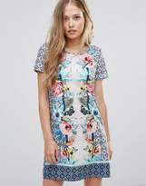 Yumi Shift Dress In Tropical Placement Print