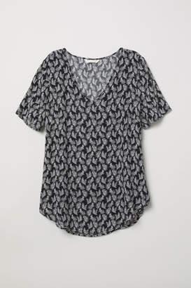 H&M Short-sleeved viscose blouse