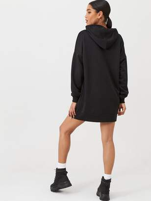 boohoo The Perfect Oversized Hooded Sweat Dress - Black