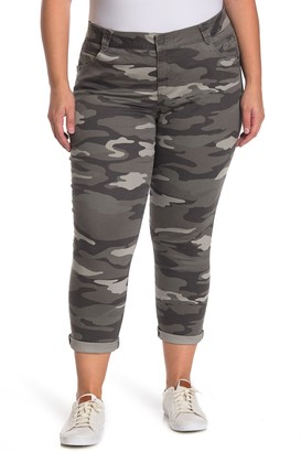 Democracy AbSolution Camo Print Rolled Hem Skinny Jeans (Plus Size)