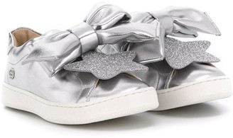 Florens Oversized Bow Low-Top Sneakers