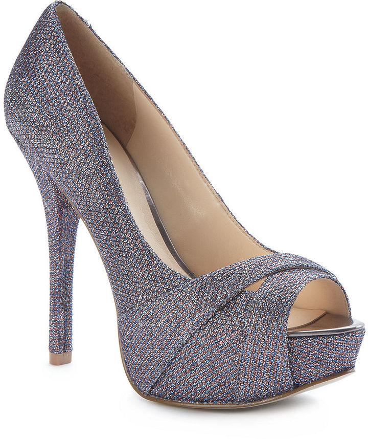 GUESS Women's Shoes, Isila Platform Pumps