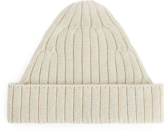 Arket Pointy Merino Wool Beanie
