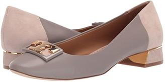 Tory Burch 20 mm Gigi Round Toe Flat (Gray Heron/Light Taupe) Women's Shoes