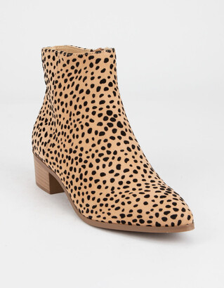 City Classified Point Toe Cheetah Womens Booties