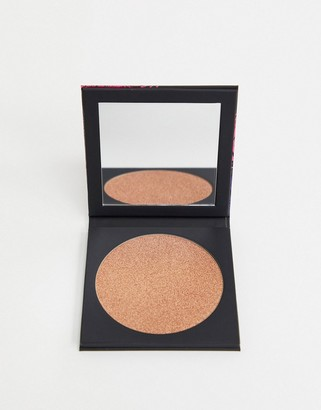 Uoma Beauty Black Magic Carnival Highlighting Bronzer - Notting Hill