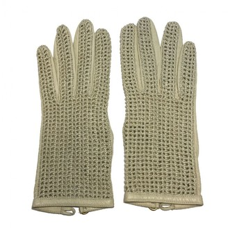 Chanel Ecru Leather Gloves