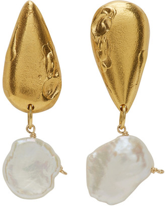 Alighieri Gold Pearl The Fear And The Desire Earrings