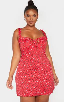 PrettyLittleThing Plus Red Ditsy Floral Print Frill Detail Shift Dress