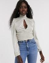 SS:31 NEW RRP £32 Miss Selfridge PETITE Cream Dobby Long Sleeve Blouse
