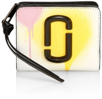 Marc Jacobs The Snapshot Spray Paint Zip Coated Leather Wallet