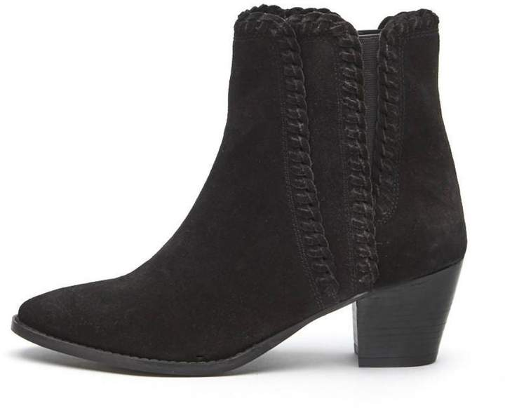 Coconuts by Matisse Willow Stitching Bootie