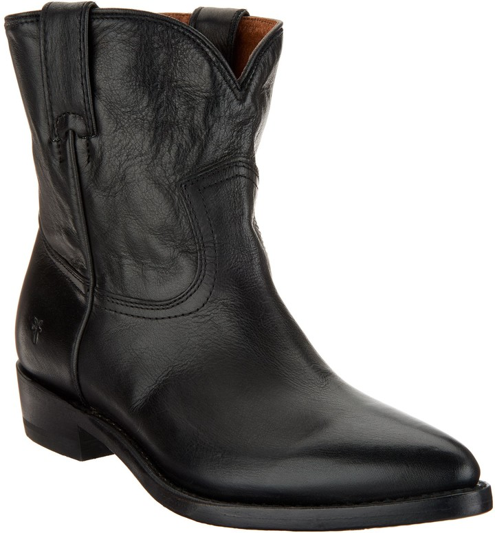 e40a695e9a6 Leather Pull-on Boots - Billie Short