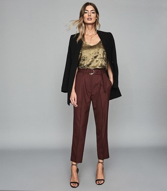 Reiss BLYTHE BELTED STRAIGHT LEG TROUSERS Berry