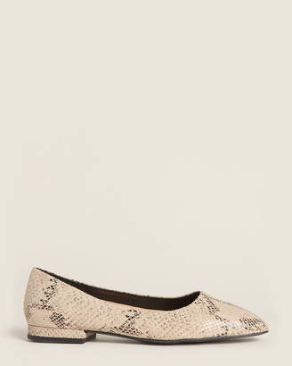 Enzo Angiolini Natural Lydian Snakeskin-Effect Leather Flats