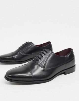 Walk London alfie toe cap shoes in black leather