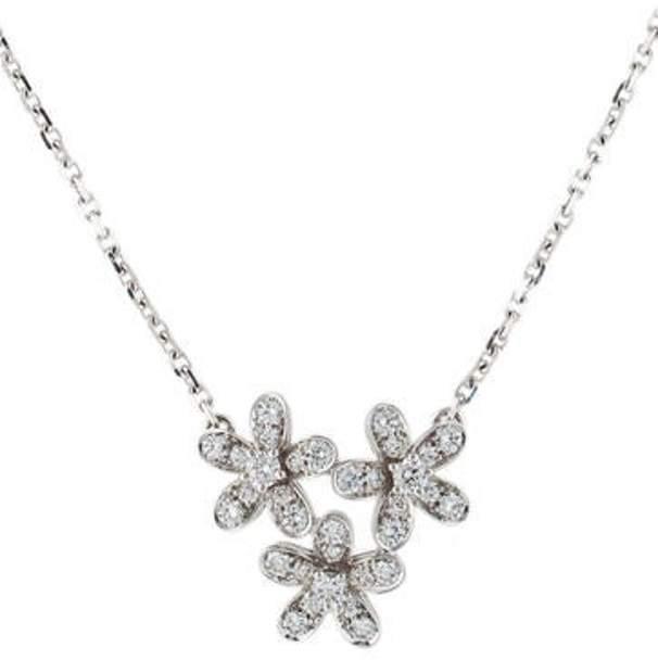Van Cleef & Arpels Diamond 3 Flower Socrate Pendant Necklace white Diamond 3 Flower Socrate Pendant Necklace