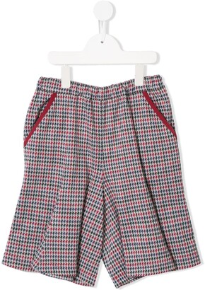 Familiar Houndstooth Print Shorts