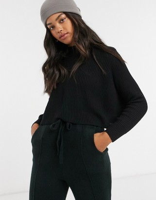 Cotton On Cotton:On cropped knitted crew neck jumper in black