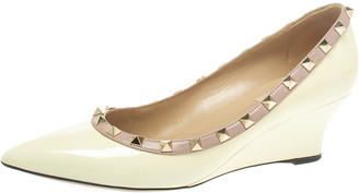 Valentino Cream Patent Leather Rockstud Pointed Toe Wedge Pumps Size 39