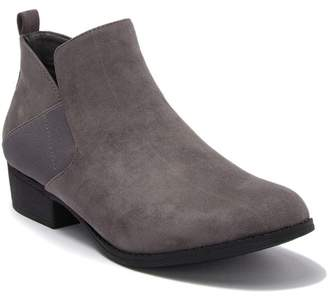 MIA AMORE Lourie Stacked Heel Bootie