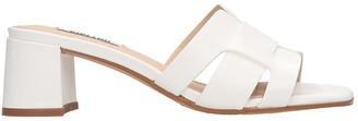 Bibi Lou Flats In White Leather