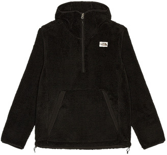 The North Face Campshire Pullover Hoodie in TNF Black | FWRD