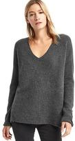 Gap V-neck cozy sweater