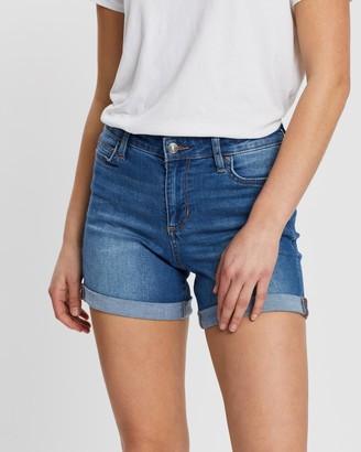Lee Mid Thigh Shorts